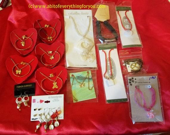 14 piece teen girls jewelry lot necklaces bracelets earrings chains cords
