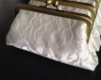 SALE Personalized Bridesmaids Gifts - White Lace Clutches