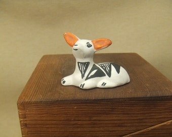 Native American Indian pottery - Acoma deer sculpture - black and white
