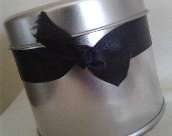 8oz SOY CANDLE-ribbon dressing, deep tin, all natural soy wax, organic hemp wick, essential oils