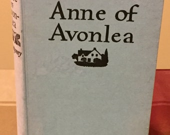 Vintage 1963 Hardcover Anne of Avonlea by LM Montgomery- No Dust Jacket