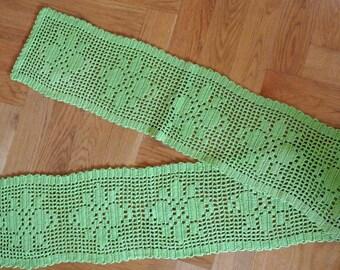 Long Swedish vintage 1970s HANDMADE lime green crochet cotton tablecloth runner