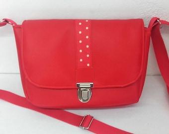 Woman red faux leather tie satchel shoulder bag