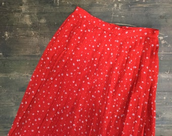 Vintage Red Pleated Daisy Skirt