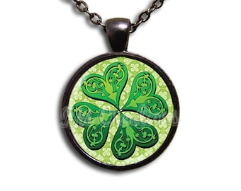 Four Leaf Clover Glass Dome Pendant or with Chain Link Necklace HD110