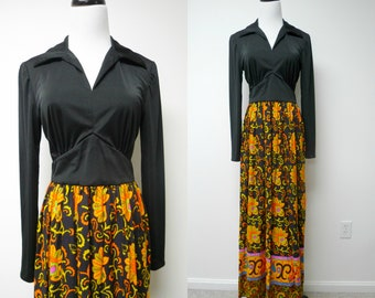 60s long sleeve maxi dress . fits a small to medium