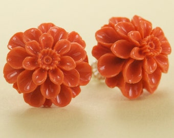 Large Vintage Coral Mum Button Post Earrings