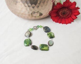 Green shell bracelet, natural shell bead bracelet, silver plated bracelet shell jewelry boho shell jewellery Gift for her handmade in the UK