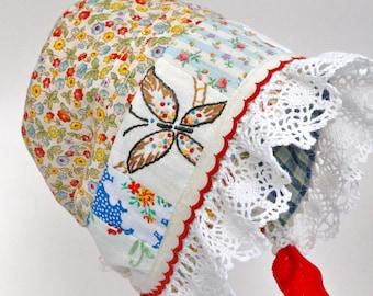 Country girl bonnet  - baby girl shower gift. baby bonnet.  infant hat, photo prop, infant hat, sun bonnet, prairie bonnet. vintage bonnet