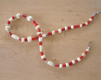 Graduation gift or anniversary. Natural stones (Coral) and bone necklace. Handmade in Quebec. Fast delivery.