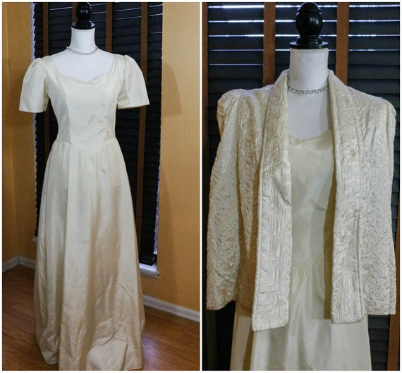 Ivory Satin Wedding Dress with Quilted Cape, Short Sleeves Sweetheart Neckline, Button Up Train, Immie Design, Size XS Vintage