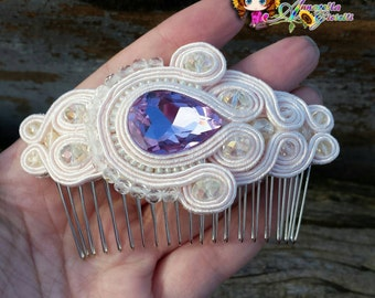 Accessorio capelli, pettine 9x6 cm, tessitura di perline, soutache, handmade, fatto a mano, white, beige, rivoli, bigiotteria, necklace
