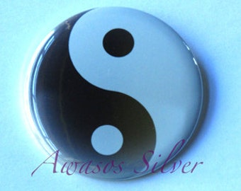 Ying Yang pin back button, pocket mirror, bottle opener/keyring or magnet