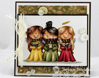 Singing angel voices christmas card