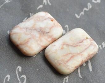 redline marble rectangle drop 26x18mm