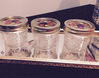 Ball jelly jars, # 604, 4oz with lids
