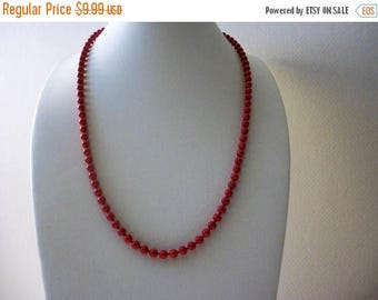ON SALE Retro 1970s Dainty Red Glass Beads Necklace 81716