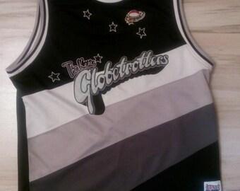 Fubu jersey, Platinum Harlem Globetrotters, vintage t-shirt 90s hip-hop clothing, 1990s hip hop, OG, gangsta rap, size L