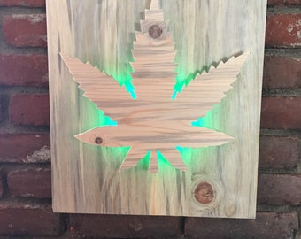 Cannibas leaf wall plaque with LED lights
