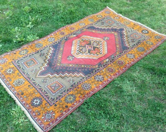 Turkish rug, Vintage rug, Handmade rug, Tribal rug, Area rug, Wool rug, Bohemian rug, Rug //FREE SHİPPİNG !! 184 cm x 104 cm = 6 ft x 3,4 ft