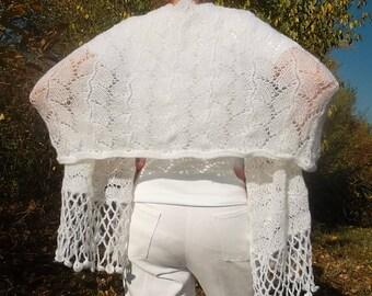 LIQUIDATION Stock 30% OFF Women Stole Shawl Wedding Bridal Accessories Shrug Hand Knitted Romantic Elegant Feminine Mohair Handmade White