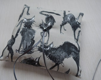 Ring cushion. Ghastly Cat. Gothic or Halloween wedding ring pillow.