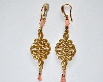 Gold-plated earrings in arabesque and Coral