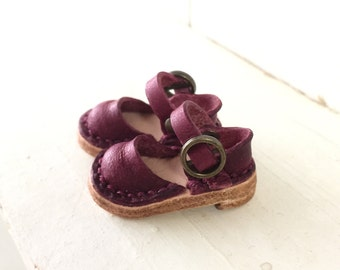 Real Leather: Blythe sandals/ Purple/