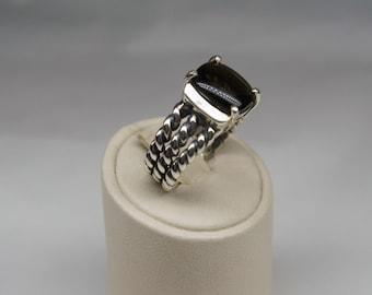 Silver and fumè quartz ring