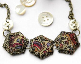 Hexie Trio Necklace, Paisley