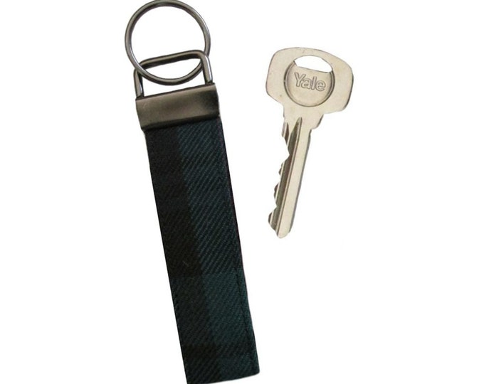 Black Watch Tartan Pure Wool Keyring on Chunky Gun Metal Fob