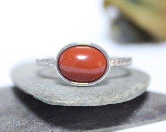 Jasper Rustic Silver Ring, Statment Ring, Simple Ring, Red Gemstone Ring, Stacking Ring, Hammered Ring