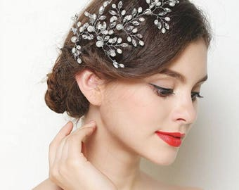 Wedding or bridal party hair pin / piece bead and pearl comb