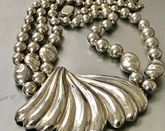 Vintage multi strand costume jewelry necklace chunky retro runway stylr