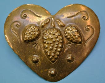 Old/ antique SWEDISH early 1900s handmade brass heart-formed brooch with cone motive