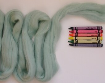MERINO WOOL ROVING / Icy Spearmint Green 1 ounce / wool fiber for nuno felting, wet felting, spinning, baby photography, needle felting
