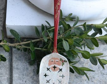 Santa Pie Server/Santa Ornament/Vintage Silverware