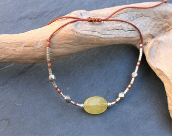 Miyuki fine bracelet and tinted agate, chocolate and silver glass beads, nylon cord