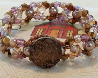Amber - Metallic Gold & Pearls Bracelet - 062814