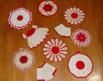 Vintage crochet potholder lot-hand made red white pot holders collection-old farm house country kitchen
