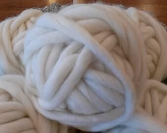 xxl coverd super bulky natural off white. 200 g.