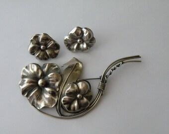 Sterling silver pansy flower brooch, pin, screw-back earrings.  Set.