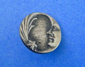 Vintage Authentic Battersea Pewter Button Raised Quarter Moon Face and Star 1976 Signed & Dated