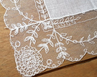 Vintage White Lace Hanky Bridal Wedding Free US Shipping