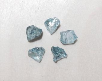 Heated rough blue zircon, raw zircon lot // B*3276