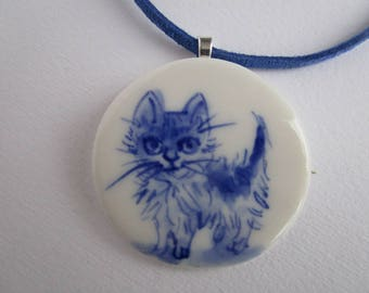 Kitten - Necklace - Hand made & Hand painted Blue and White Delftware Porcelain.