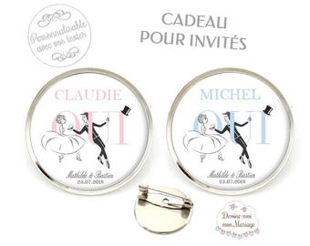 """Set of 10 customizable Badges """"Yes invited"""" - for a small personalized wedding gift"""