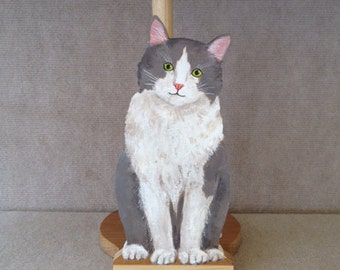 Grey and White Kitty Paper Towel Holder
