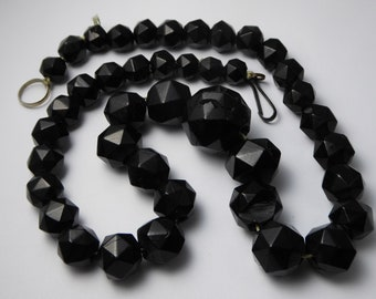 Antique Victorian Faceted Jet Mourning Necklace for Repair