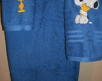 Snoopy & Woodstock Personalized 3 piece Bath set Bath, Hand, Washcloth Towel  Set ANY COLOR